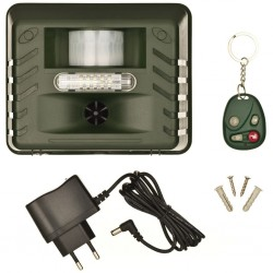 Nature Ultrasonic Animal Repellent with Plug Range 21 m