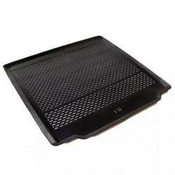 stradeXL Car Boot Mat for BMW 5 Series Touring F11/G30 2010- Rubber